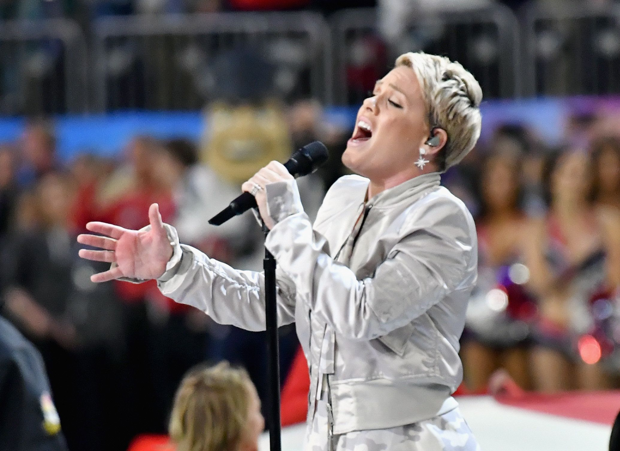 MINNEAPOLIS, MN - FEBRUARY 04:  Recording artist Pink performs the National Anthem during the Super Bowl LII Pregame show at U.S. Bank Stadium on February 4, 2018 in Minneapolis, Minnesota.  (Photo by Jeff Kravitz/FilmMagic)