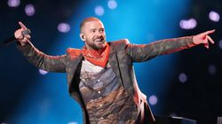 Justin Timberlake Pays Tribute To Prince At Super Bowl Halftime