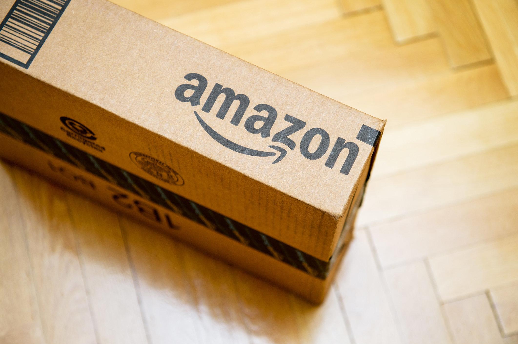 Als eine Britin den Inhalt ihres Amazon-Pakets sieht, ist sie rasend vor Wut