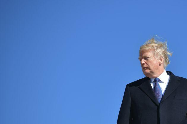 몇몇 트럼프 변호인들은 '러시아 스캔들' 특검의 대면조사를 거부하라고