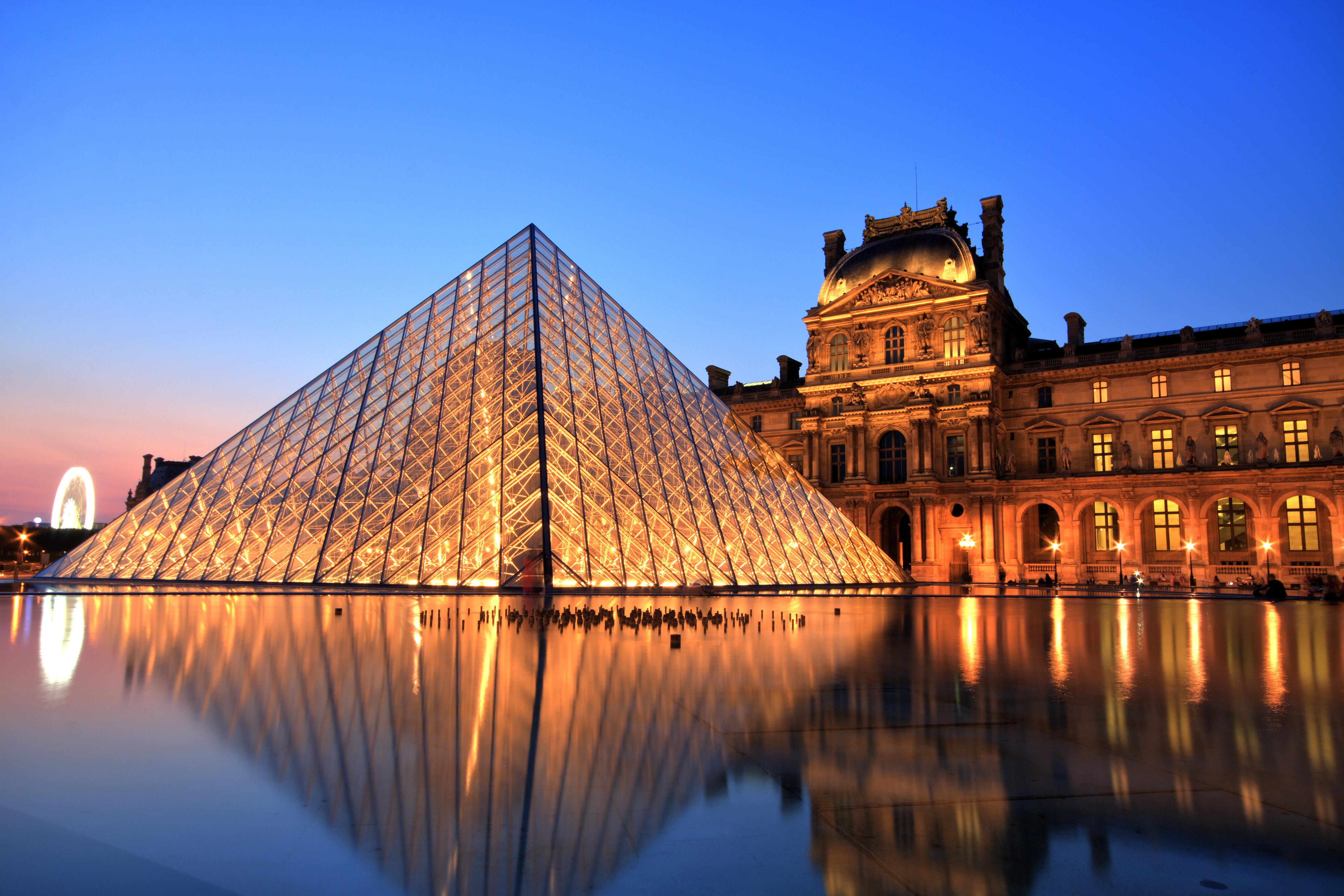 Το μουσείο του Λούβρου ίσως να βρήκε τον καλύτερο τρόπο να διεκδικήσει τα κλεμμένα έργα