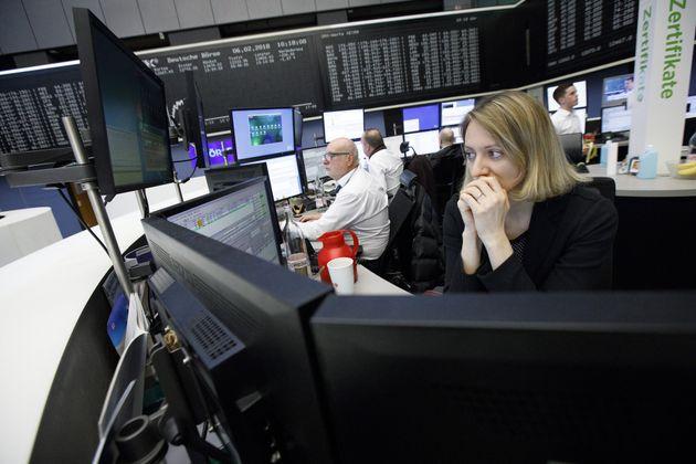 Ευρωπαϊκά χρηματιστήρια: Σε χαμηλό εξαμήνου υποχωρούν οι