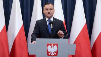 Poland's President Andrzej Duda speaks during his media announcement about his decision on the Holocaust bill at Presidential Palace in Warsaw, Poland, February 6, 2018. Agencja Gazeta/Dawid Zuchowicz via  REUTERS ATTENTION EDITORS - THIS IMAGE WAS PROVIDED BY A THIRD PARTY. POLAND OUT. NO COMMERCIAL OR EDITORIAL SALES IN POLAND.