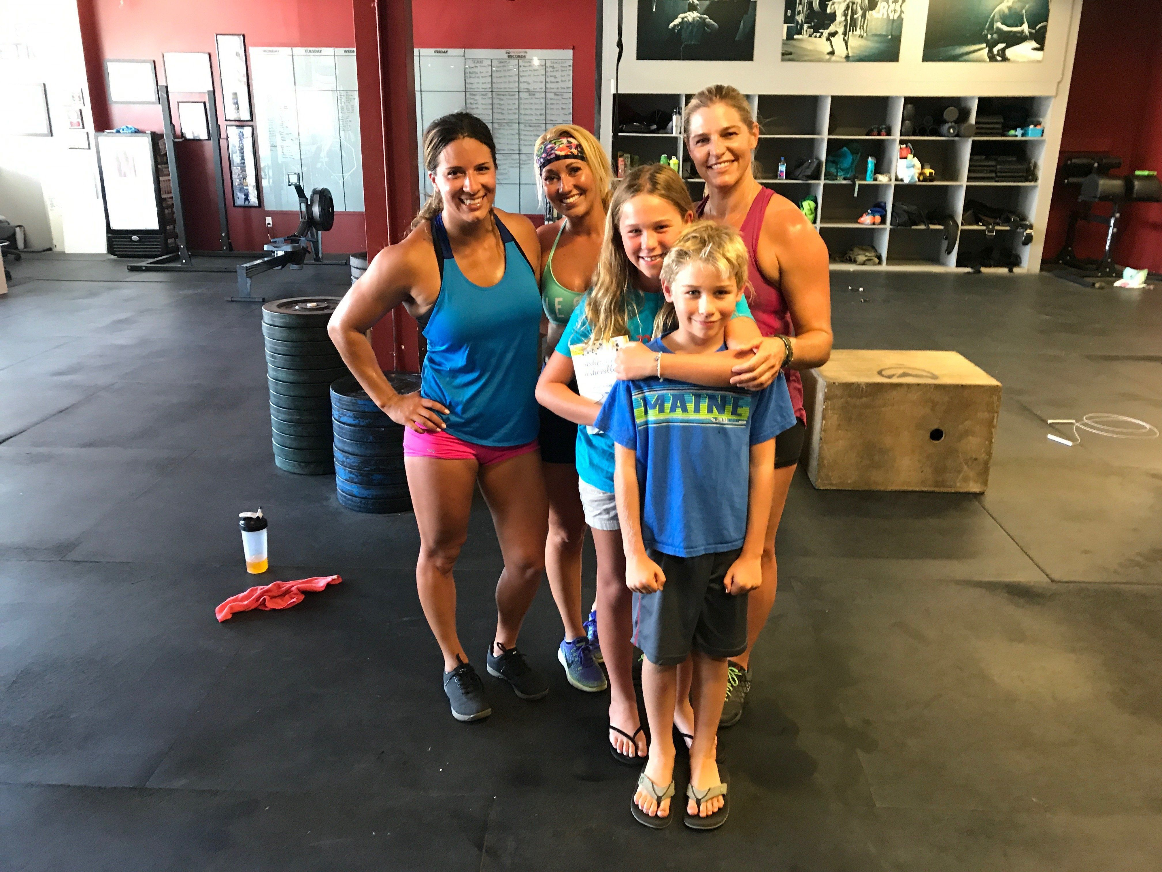 """At the gym with my kids and two friends who never call me a """"fit mom."""""""