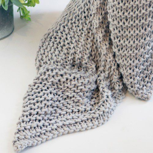 """Almost all of <a href=""""https://jet.com/search?term=chunky%20blankets"""" target=""""_blank"""">Jet's chunky knit options</a> are under"""