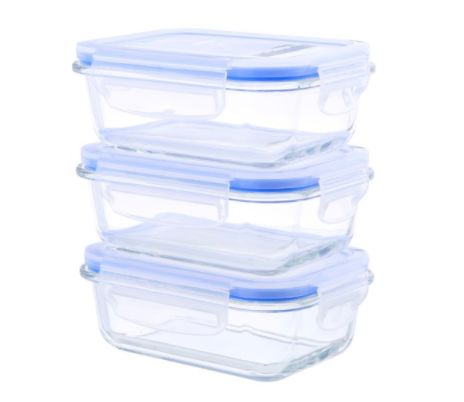 These glass food storage containers include lids with ventilation, and can be used in both the oven and the glass. Get t