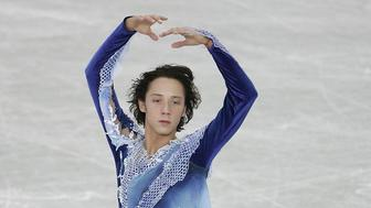 MOSCOW, RUSSIA - MARCH 14:  Johnny Weir of USA performs during the mens qualifying free skating group A at the ISU World Figure Skating Championships at the Luzhniki Sports Palace on March 14, 2005 in Moscow, Russia.  (Photo by Jamie McDonald/Getty Images)