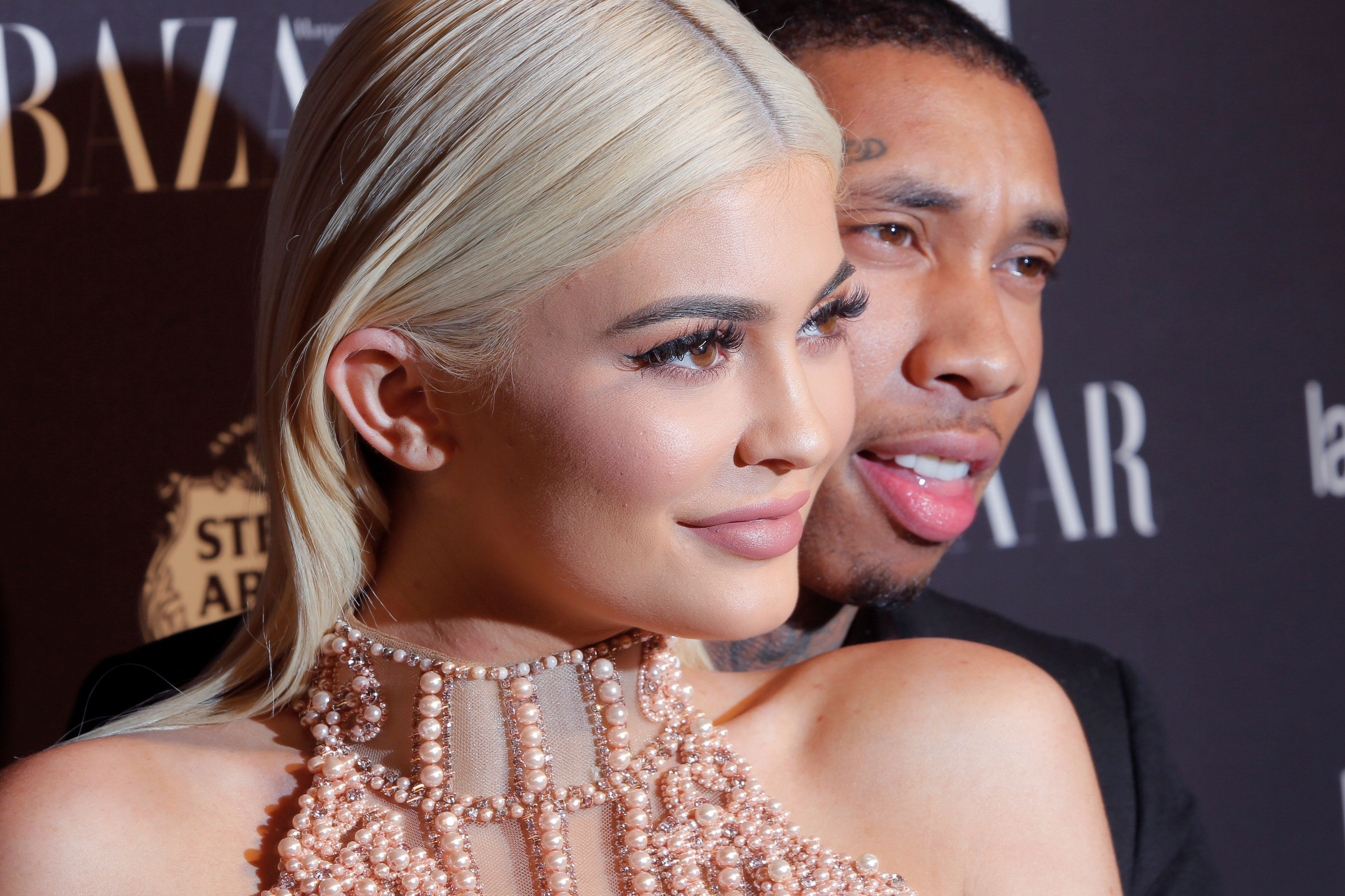Η Kylie Jenner ονόμασε τη νεογέννητη κόρη της «Καταιγίδα» και οι αντιδράσεις ήταν μάλλον