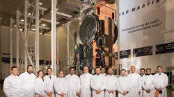 Στην «καρδιά» της Lockheed Martin όπου κατασκευάζεται ο νέος Hellas Sat 4 ο Νίκος Παππάς με τον Υπουργό Μεταφορών της