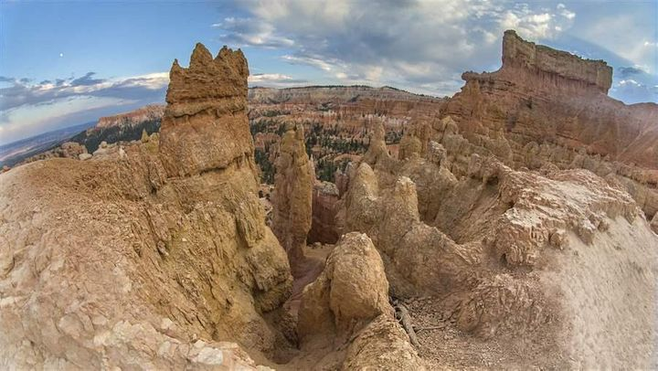 State funds were used to keep parks such as Bryce Canyon National Park, Utah, open during the 2013 shutdown. States spent ten