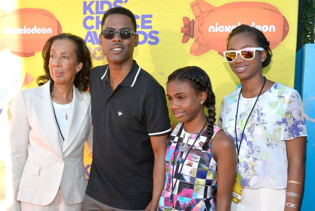 Chris Rock poses with his mother, Rose, and daughters Zahra and Lola on March 28,