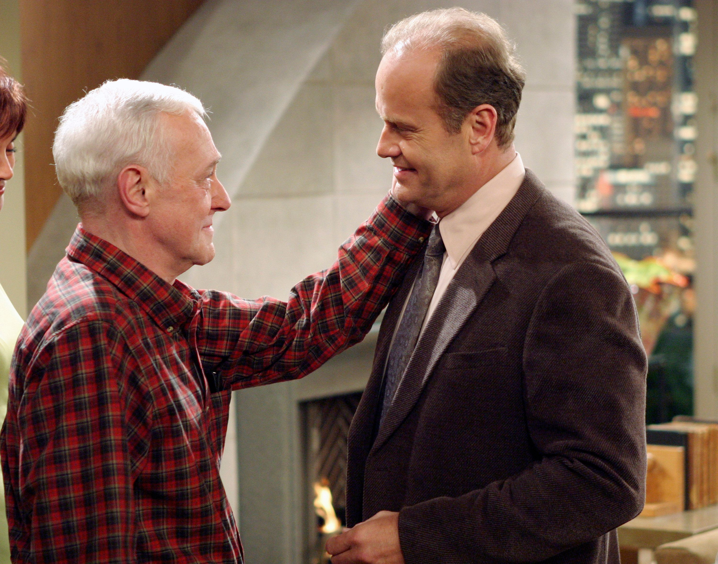 FRASIER -- 'Goodnight, Seattle' Episode 21 -- Pictured: (l-r) John Mahoney as Martin Crane, Kelsey Grammer as Dr. Frasier Crane -- (Photo by: NBC/NBCU Photo Bank via Getty Images)