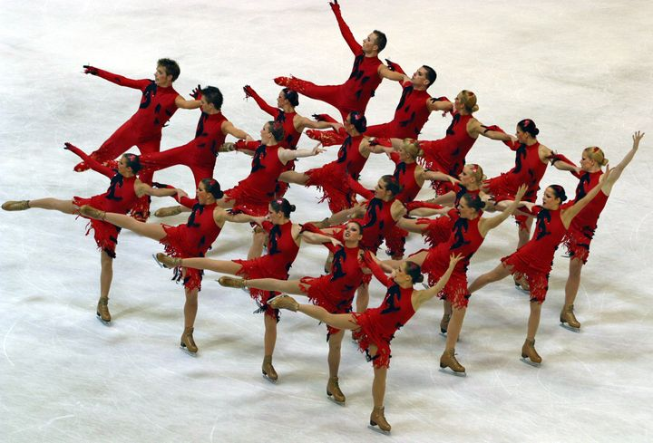 A U.S. synchronized skating team competing in Zagreb, Croatia, in 2004.