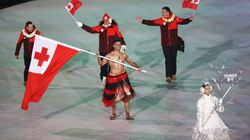 Shirtless Tonga Olympian Wins Olympic Opening Ceremony Again