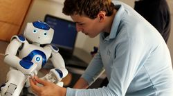 Steve The Robot Is Helping These Young People With Autism Build Their Social