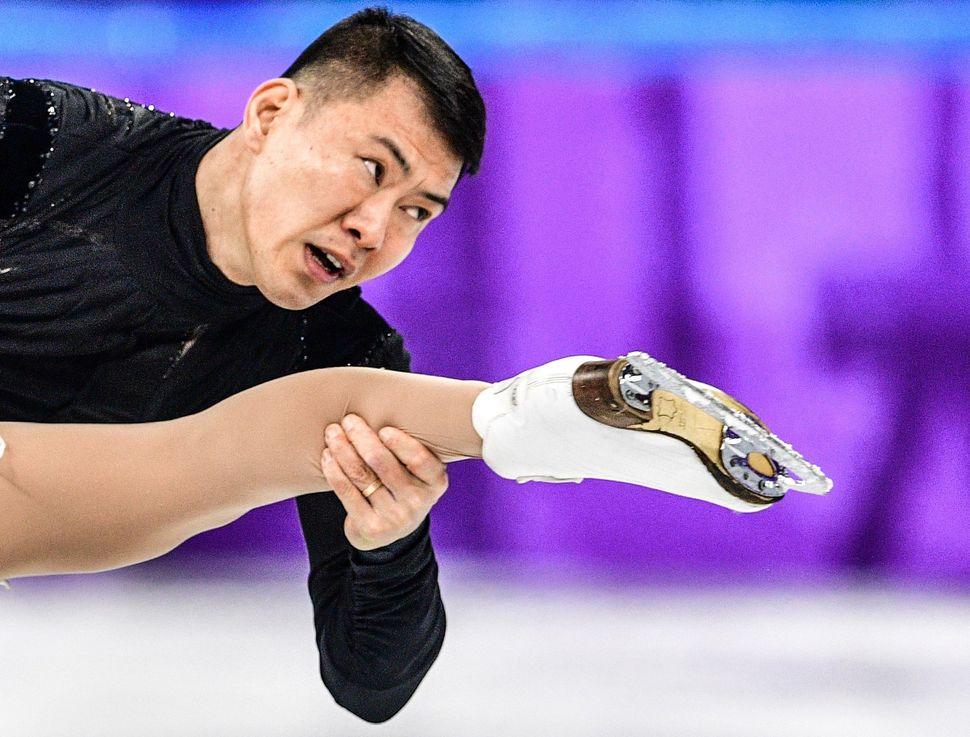 Yu Xiaoyu and Zhang Haoof China.