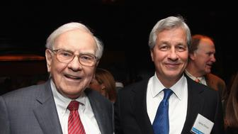 NEW YORK, NY - NOVEMBER 26:  (L-R) Warren Buffett, Jamie Dimon and Cathy Baron-Tamraz attend A Book Party For Tap Dancing To Work: Warren Buffett On Practically Everything, 1966-2012 By Carol Loomis  at The Lambs Club on November 26, 2012 in New York City.  (Photo by Donald Bowers/Getty Images for FORTUNE)