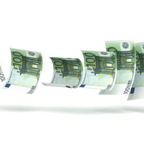 Πάνω από 4 εκατομμύρια πολίτες χρωστούν στο Δημόσιο. Οι 8 στους 10 με χρέη έως 2.000