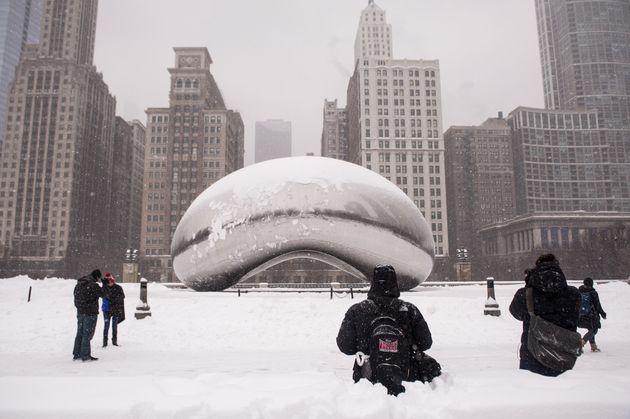 ΗΠΑ: Χιονοθύελλα σαρώνει τις μεσοδυτικές