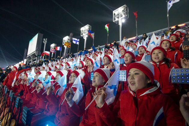 북한이 '한반도기에 독도를 못 넣을 이유가 없다'며 이의를