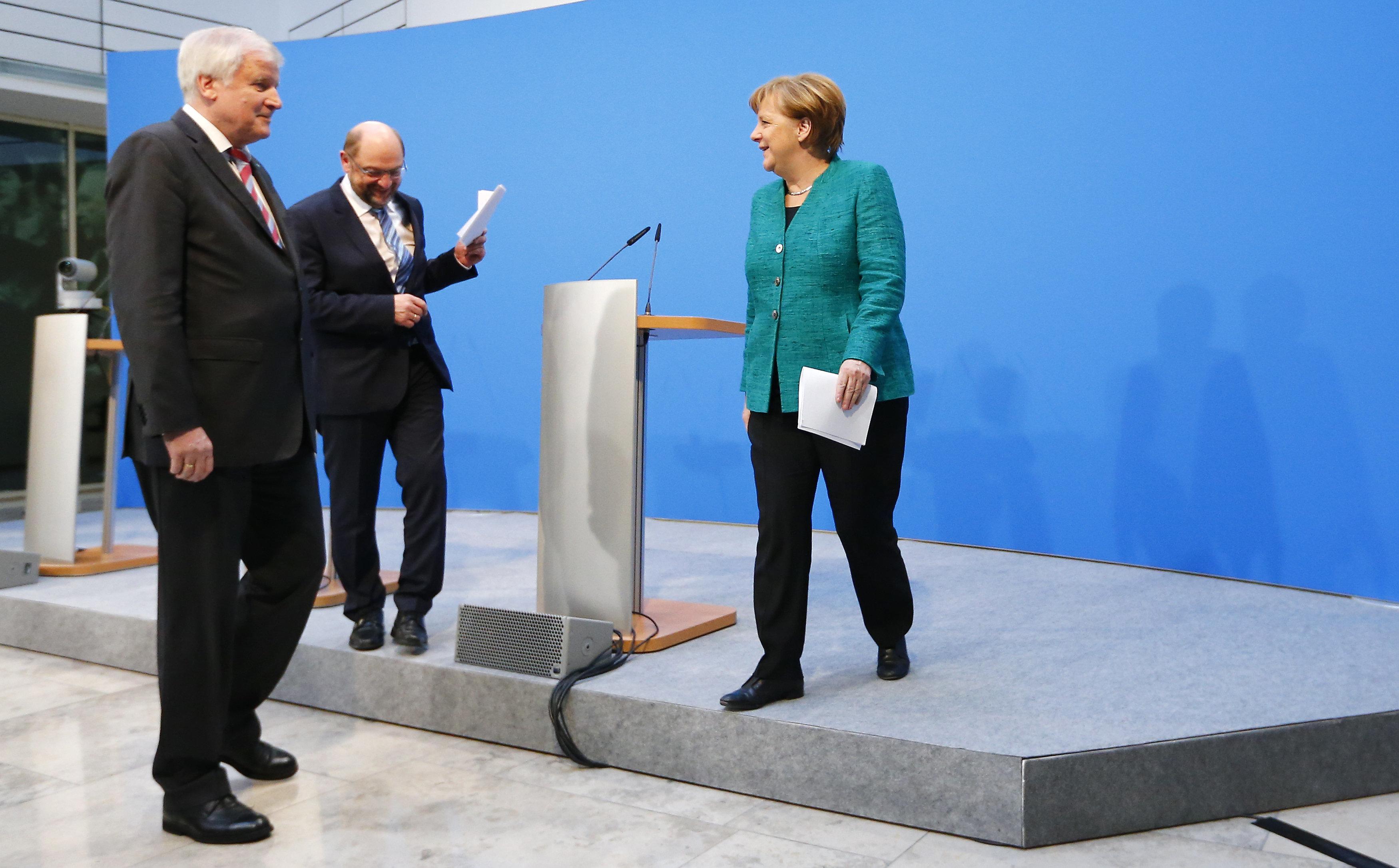 Γερμανία: Αναταραχή στο SPD παρά την απόφαση του Μ. Σουλτς να μην διεκδικήσει το