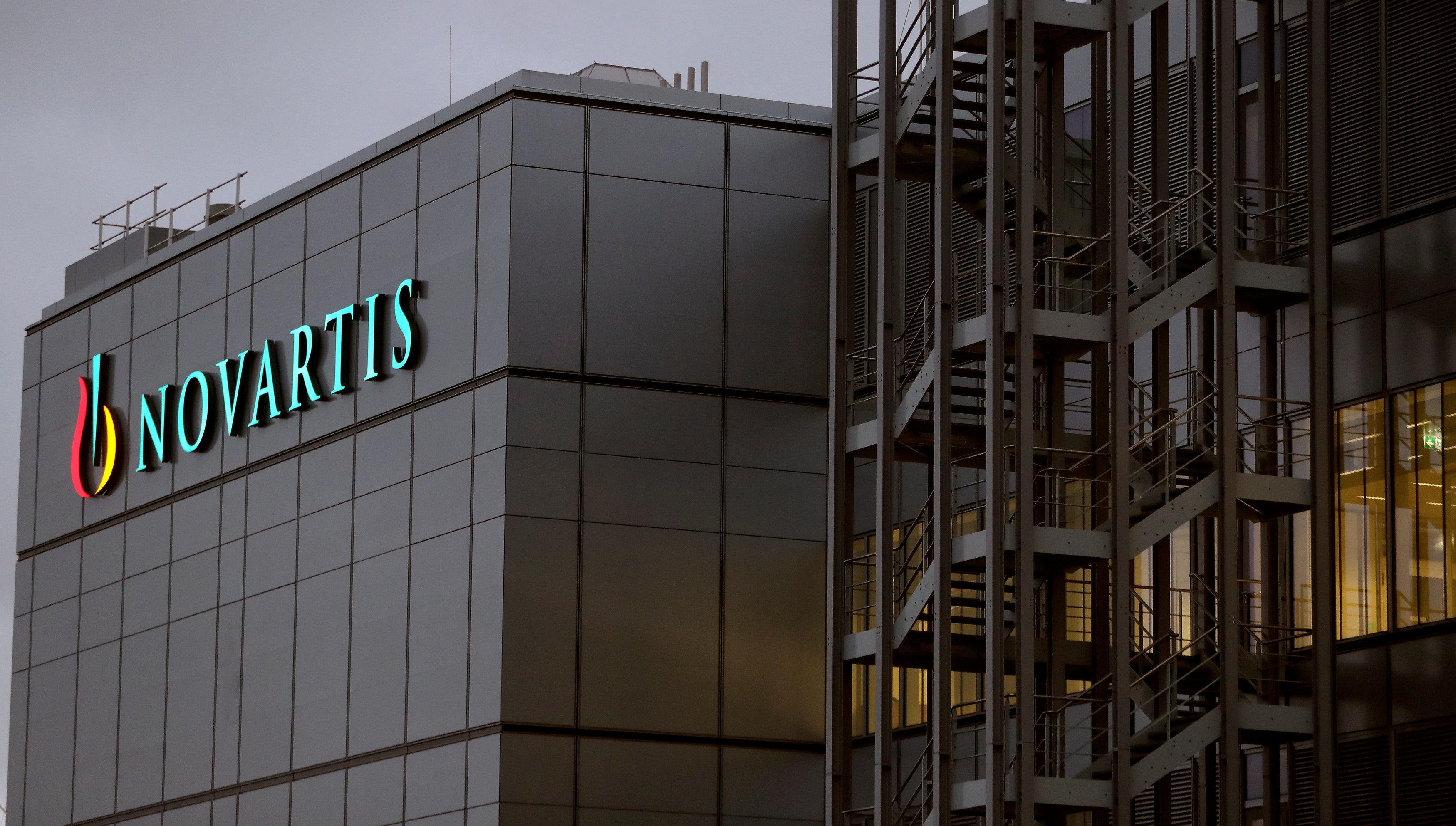 Έρευνα του Αθηναϊκού Πρακτορείου για τη Novartis: Δύο φάρμακα αποκαλύπτουν τη δράση των φαρμακοβιομηχανικού λόμπι και τις σχέ...