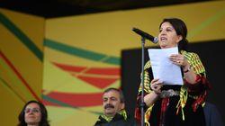 H Περίβ Μπούλνταν η νέα πρόεδρος του φιλοκουρδικού HDP στην Τουρκία. Μετ' εμποδίων το συνέδριο εν μέσω νέων