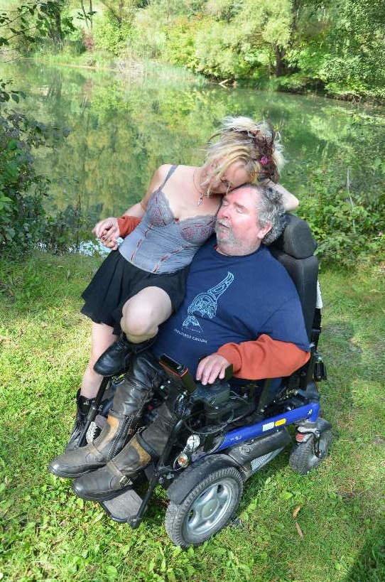 """""""Für viele bin ich eine Art Übungsfrau"""" - was ich als Sexualbegleiterin für Menschen mit Behinderungen erlebe"""