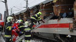 Αιματηρή σύγκρουση τρένων στην