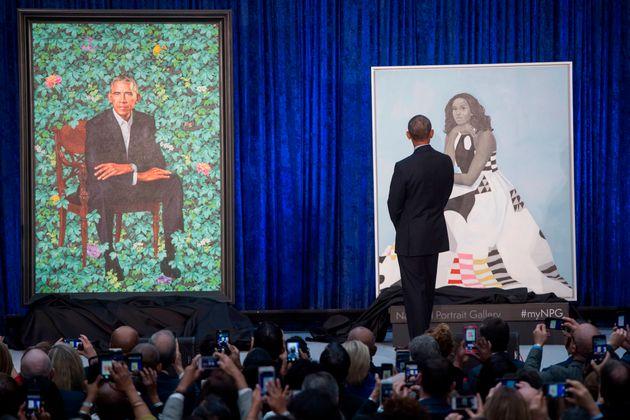 Ζωγραφίζοντας τον Barack και τη Michelle Obama. Τα επίσημα πορτρέτα τους θα δεσπόζουν στην