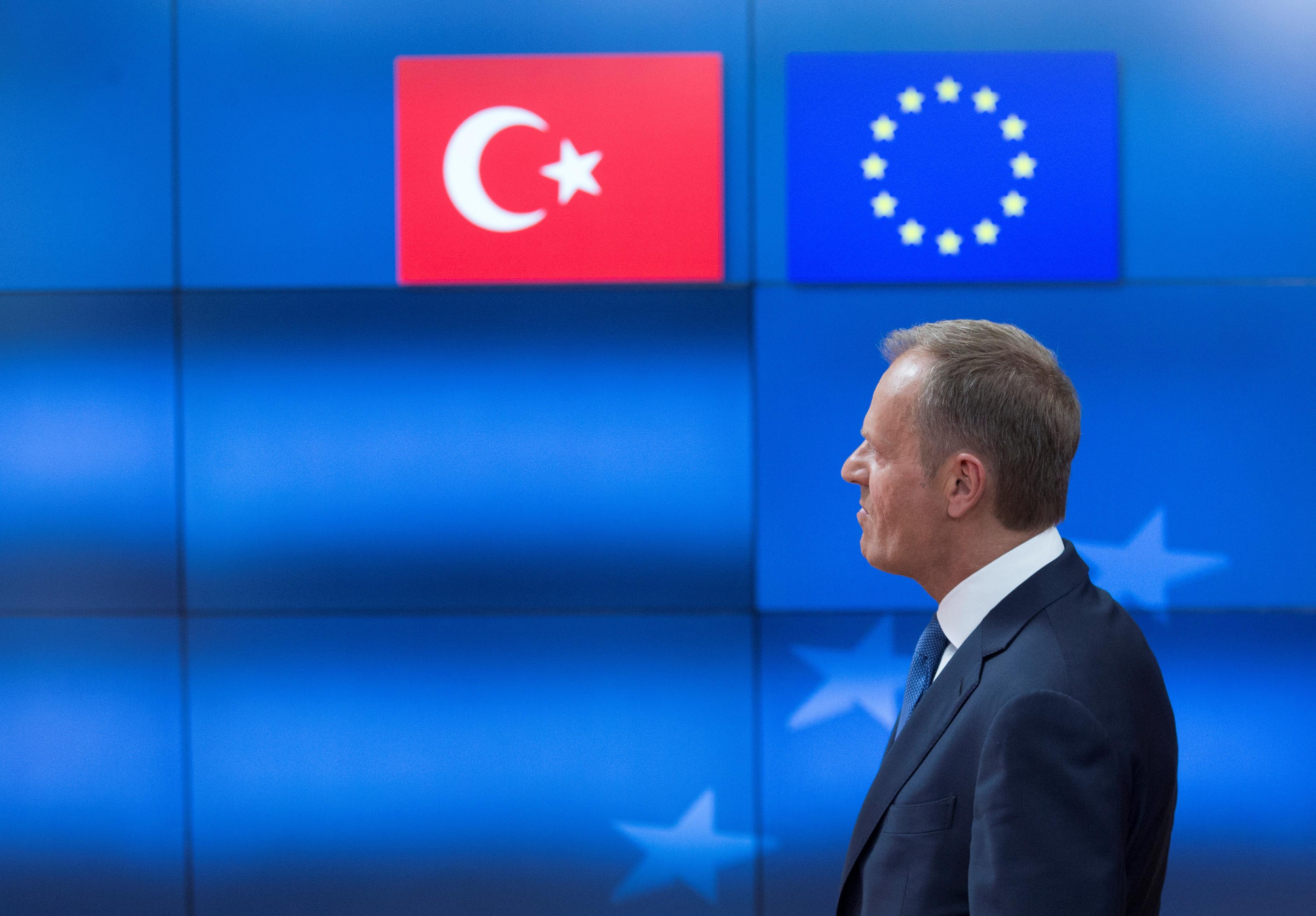Τουσκ προς Τουρκία: Αποφύγετε απειλές εναντίον οποιουδήποτε μέλους της