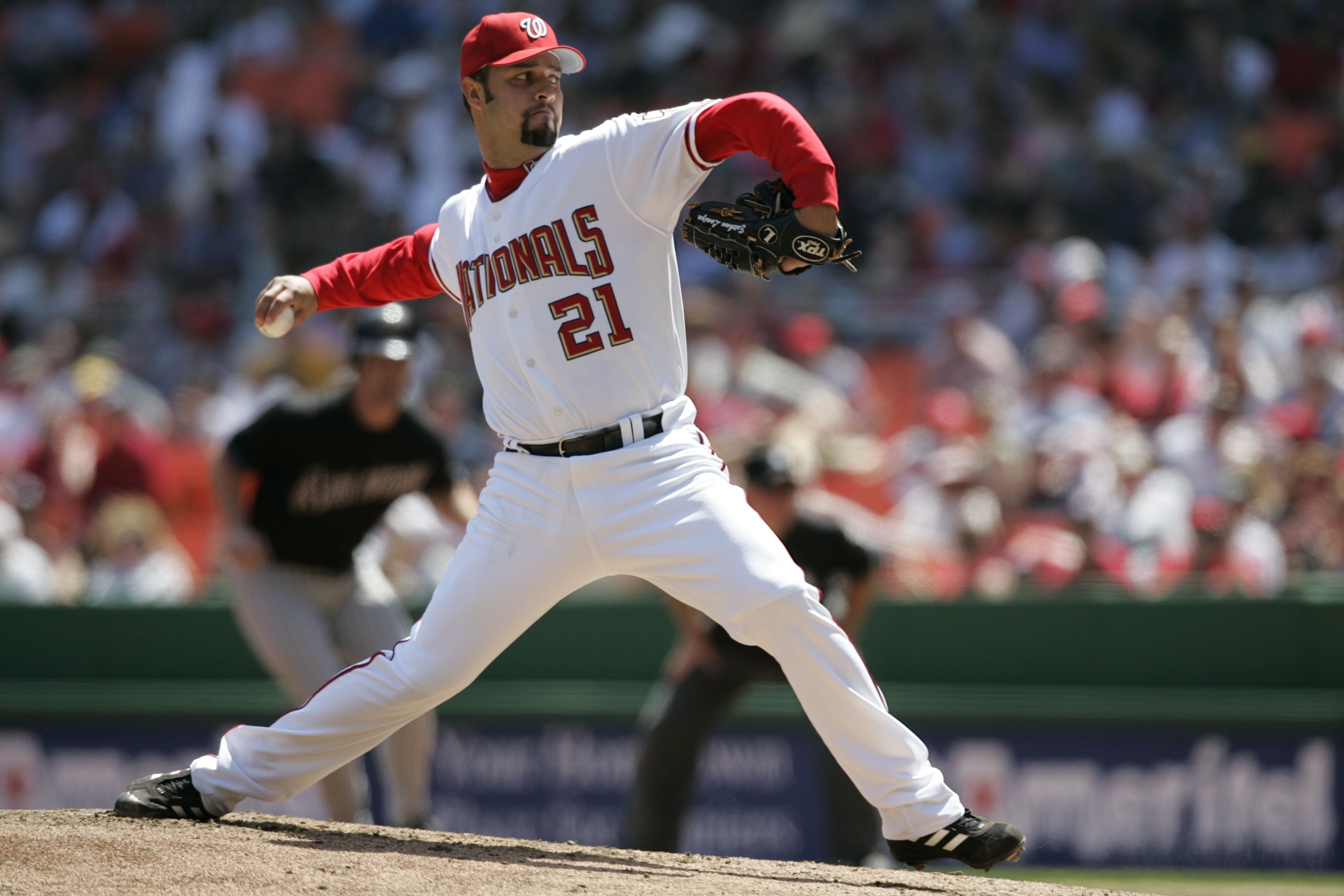 WASHINGTON - APRIL 17:  Estaban Loaiza of the Washington Nationals pitches during the game against the Arizona Diamondbacks at RFK Stadium on April 17, 2005 in Washington, D.C. The Nationals defeated the Diamondbacks 7-3. (Photo by Rich Pilling/MLB Photos via Getty Images)