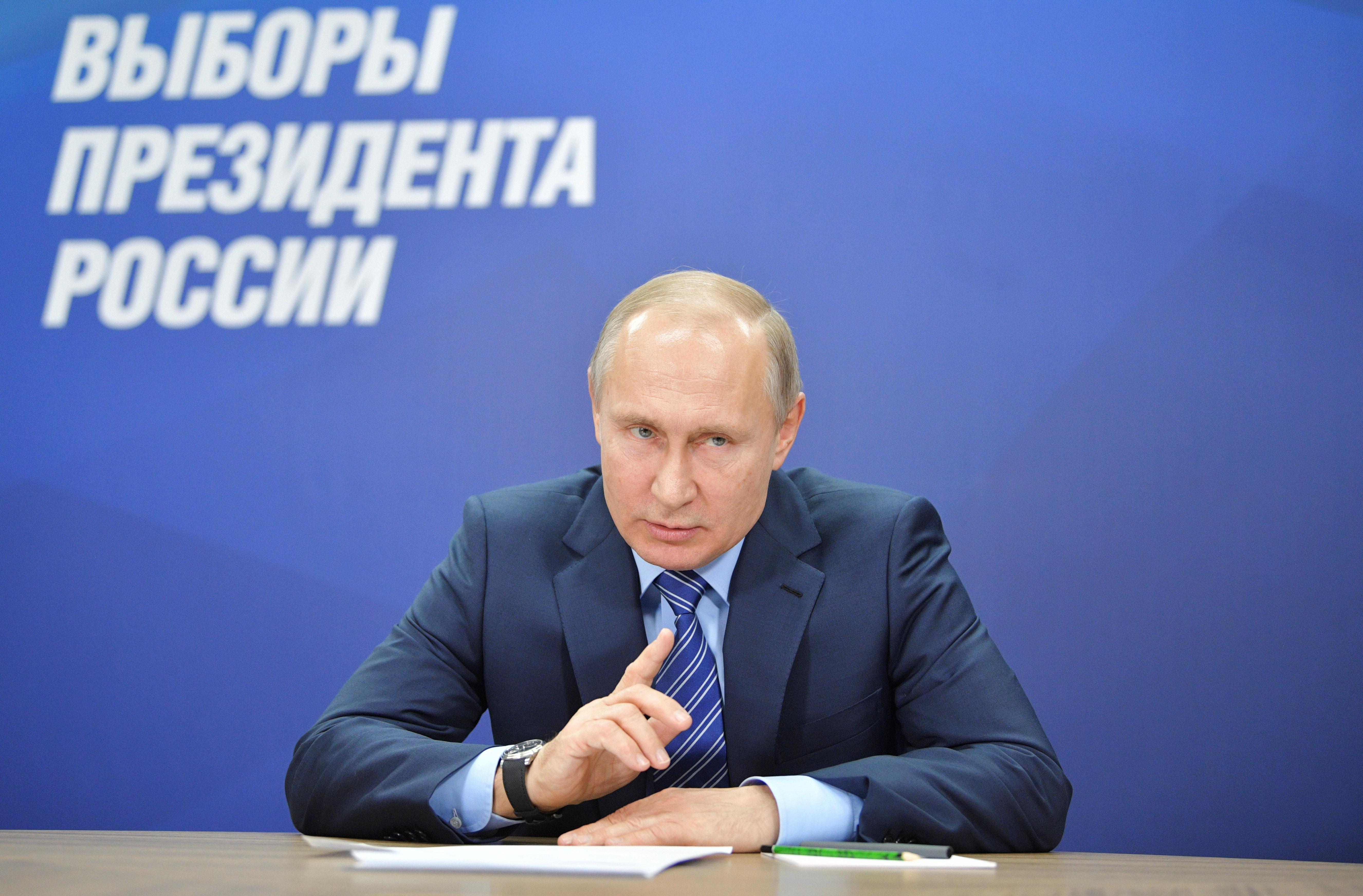 12 miese Tricks, mit denen Putin die bevorstehende Präsidentschaftswahl manipuliert