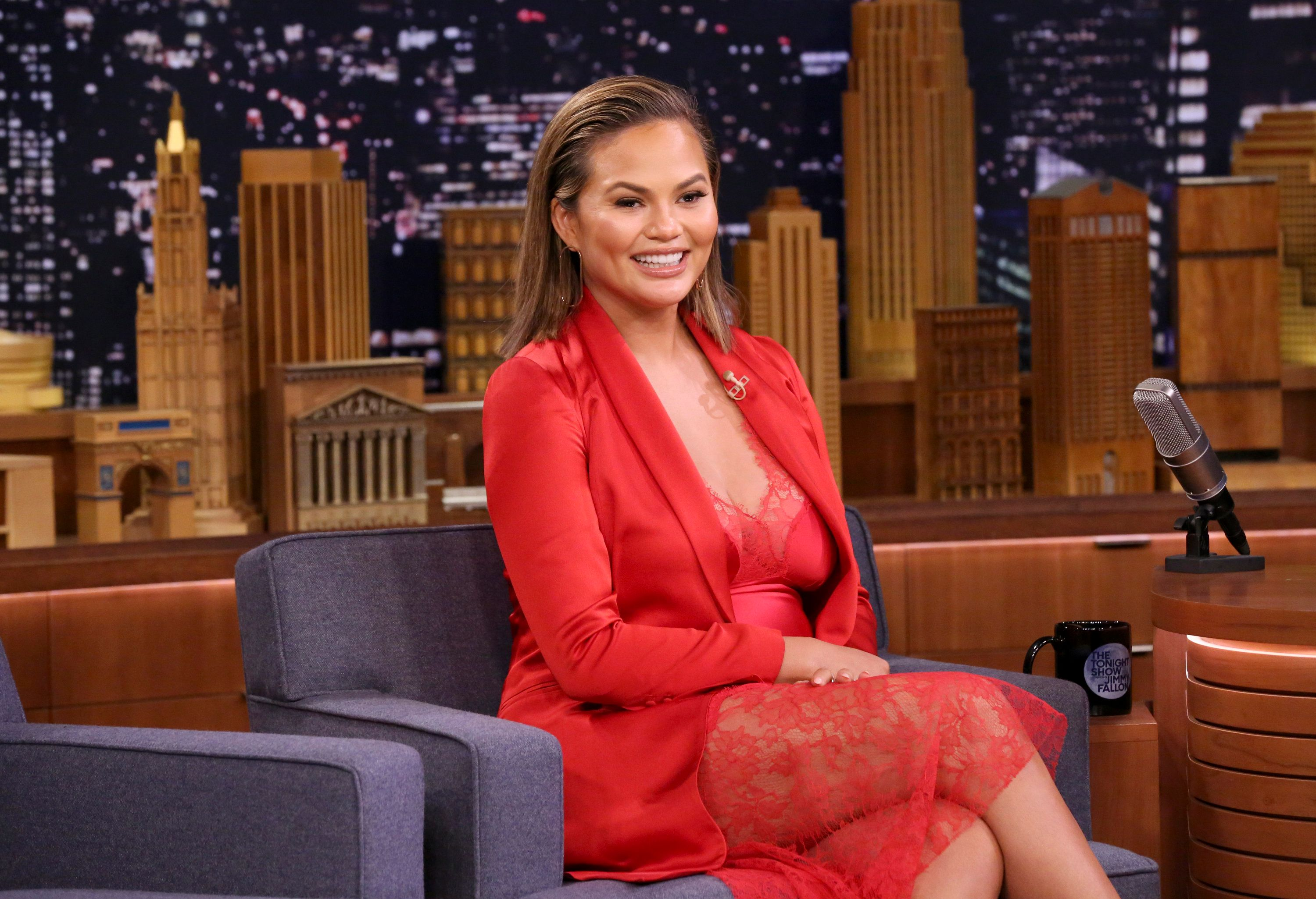 THE TONIGHT SHOW STARRING JIMMY FALLON -- Episode 0813 -- Pictured: Model/Actress Chrissy Teigen during an interview on January 30, 2018 -- (Photo by: Andrew Lipovsky/NBCU Photo Bank via Getty Images)