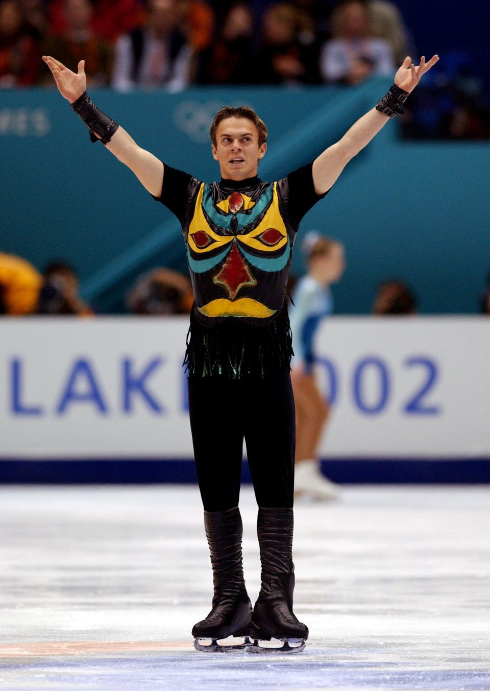 The Epic Evolution Of Men S Figure Skating Costumes Through The Years Huffpost Life