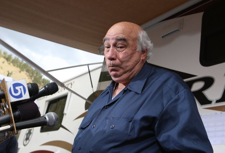 Bob Murray at a press conference after six miners were trapped 1,500 feet beneath the surface in August 2007.