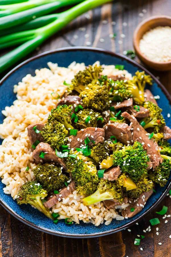 """<strong>Get the <a href=""""https://www.wellplated.com/slow-cooker-beef-and-broccoli/"""" target=""""_blank"""">Slow Cooker Beef And Broc"""
