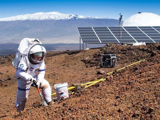 이번 화성탐사 모의훈련의 대장은