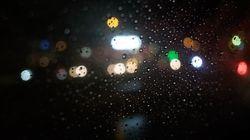 Χειροτερεύει ο καιρός από το βράδυ: Πού αναμένονται βροχές, καταιγίδες και