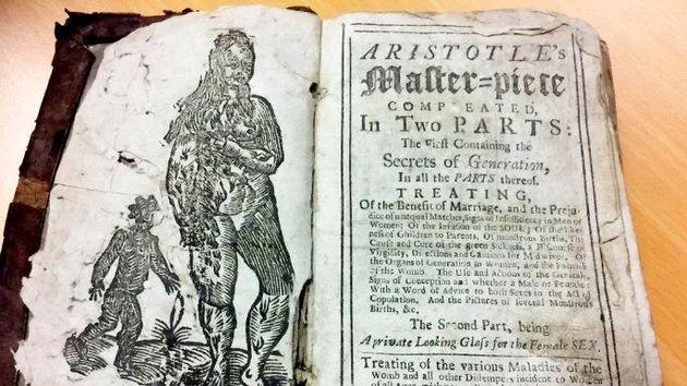300 ετών «εγχειρίδιο για το σεξ» δίνει τις πιο αλλόκοτες συμβουλές και αποκαλύπτει τις περίεργες πεποιθήσεις...
