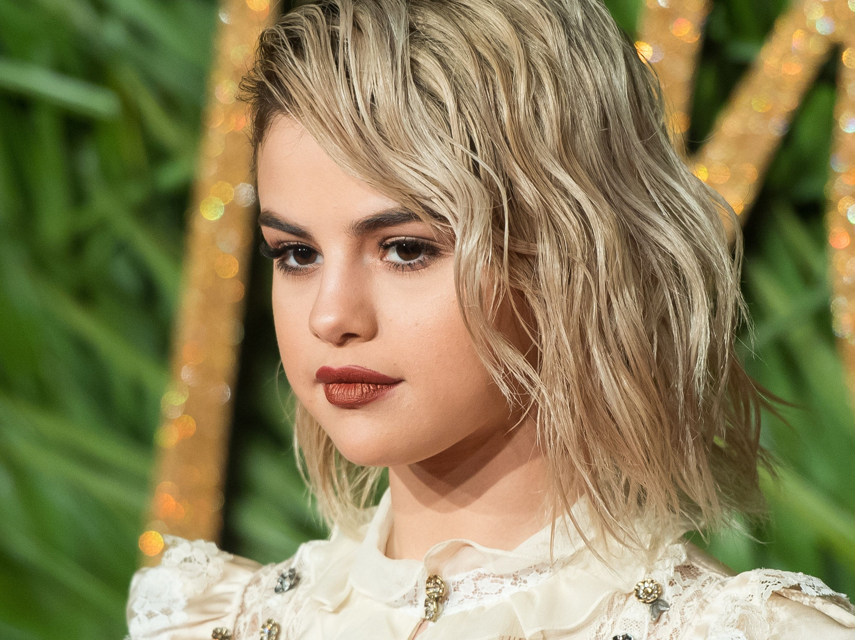 Selena Gomez Debuted A Totally New Look At New York Fashion Week