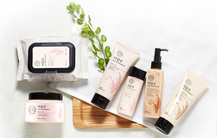 "You can now shop K-beauty brand <a href=""https://jet.com/search?term=The%20Face%20Shop"" target=""_blank"">The Face Shop on Jet</a>."
