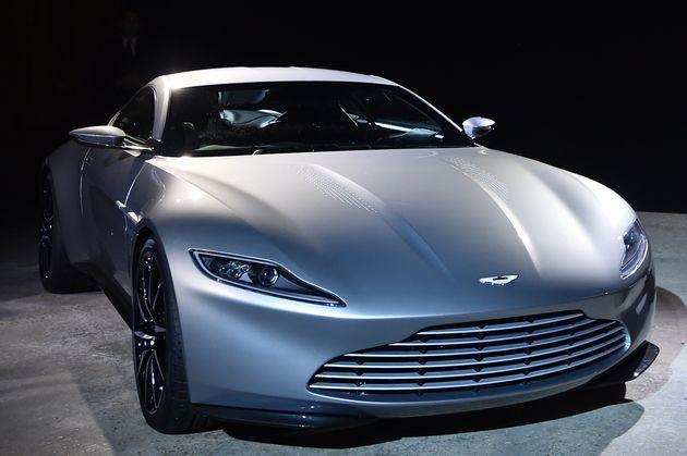 Θέλετε να αποκτήσετε το αμάξι του James Bond; Ο Daniel Craig βγάζει στο σφυρί την Aston Martin