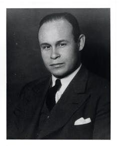 "Charles Drew (1904-1950) <a rel=""nofollow"" href=""https://en.wikipedia.org/wiki/File:Portrait_of_Charles_Drew.jpg"" target=""_bl"