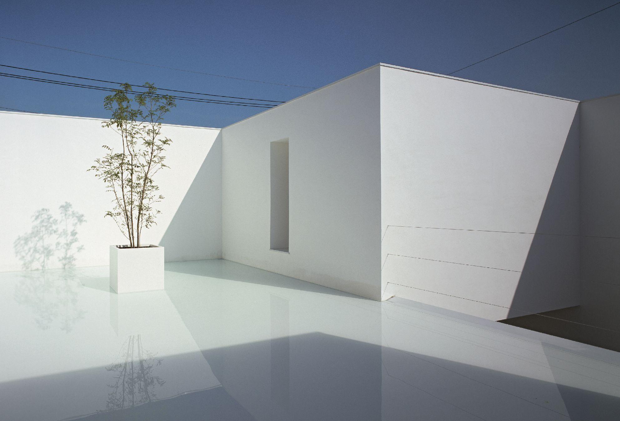 Αν απολαμβάνετε την ηρεμία του νερού, θα εκτιμήσετε τις κατοικίες που το αξιοποιούν στην αρχιτεκτονική