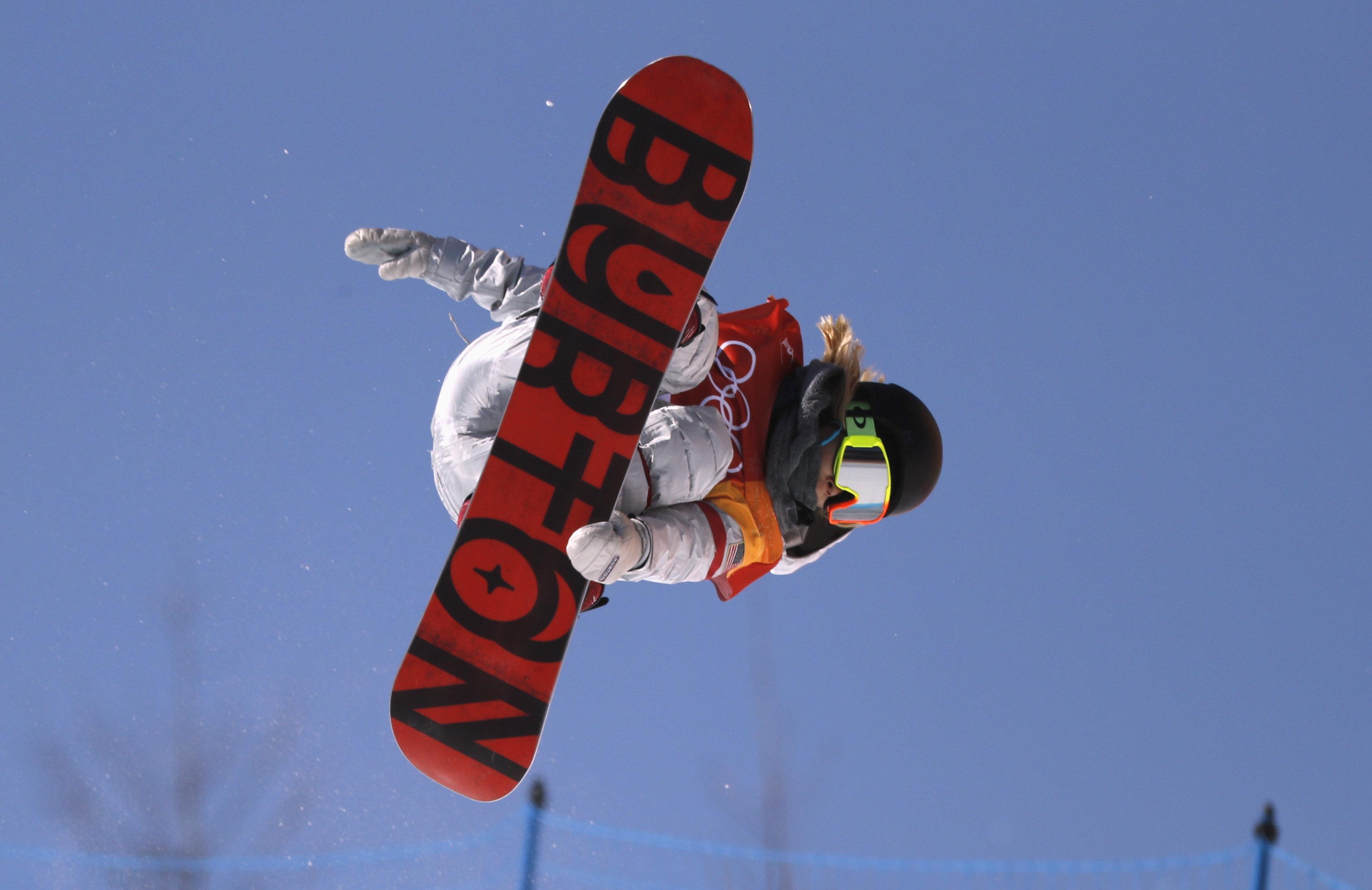 Snowboarding - Pyeongchang 2018 Winter Olympics - Women's Halfpipe Finals - Phoenix Snow Park - Pyeongchang, South Korea - February 13, 2018  - Chloe Kim of the U.S. competes. REUTERS/Jorge Silva