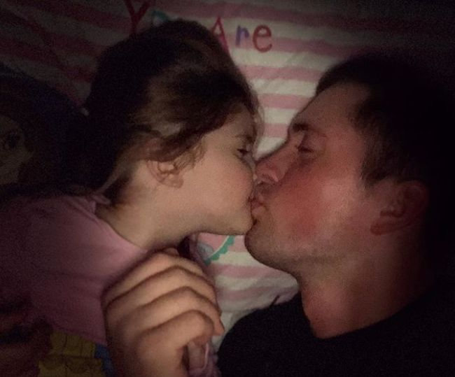 Dan Osborne Called 'Inappropriate' For Kissing 3-Year-Old: Parents Share Their