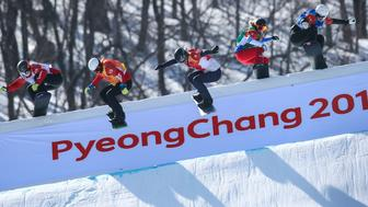 PYEONGCHANG-GUN, SOUTH KOREA - FEBRUARY 16: Lindsey Jacobellis of USA competes, Charlotte Bankes of France competes, Zoe Bergermann of Canada competes, Mariya Vasiltsova competes, Tess Critchlow of Canada competes, Lara Casanova of Swizterlando competes during the Snowboarding Women's Snowboard Cross Finals at Pheonix Snow Park on February 16, 2018 in Pyeongchang-gun, South Korea. (Photo by Laurent Salino/Agence Zoom/Getty Images)