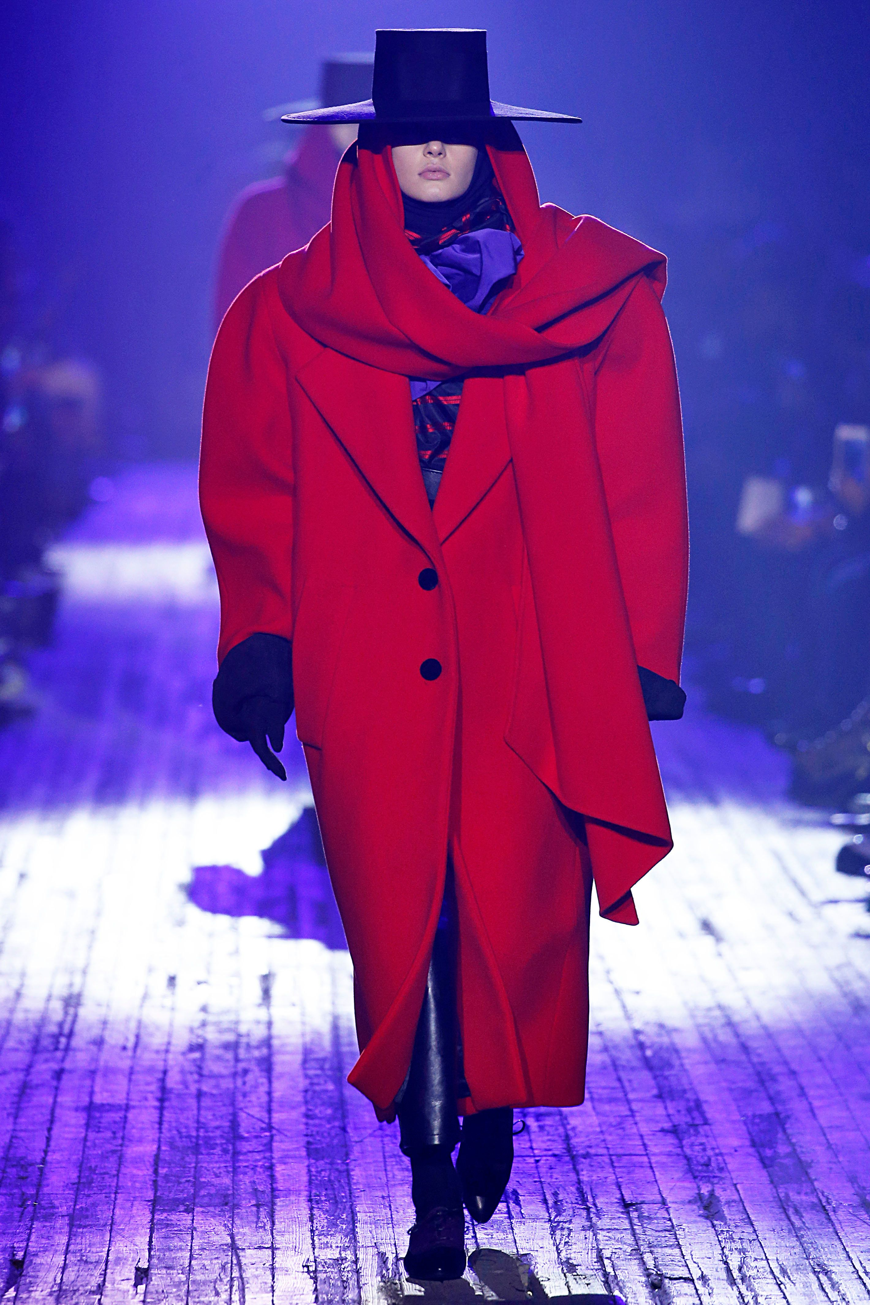 NEW YORK, NY - FEBRUARY 14: Marc Jacobs Fall Winter 2018-19 Collection. (Jonas Gustavsson/MCV Photo For The Washington Post via Getty Images)