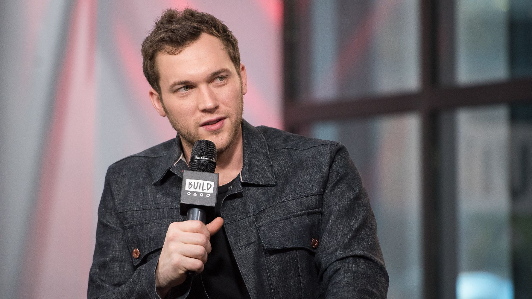 With Lawsuit Behind Him, Phillip Phillips Makes A Big Return | HuffPost